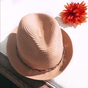 Genie by Eugenia Kim fedora hat